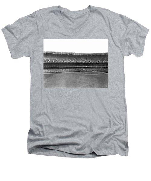 New Yankee Stadium Men's V-Neck T-Shirt