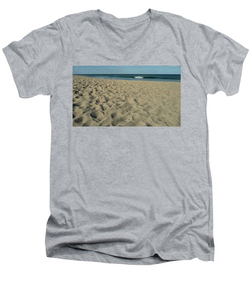 Paddle Ball Men's V-Neck T-Shirt
