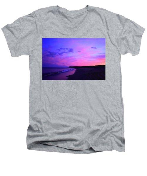 Pink Sky And Beach Men's V-Neck T-Shirt
