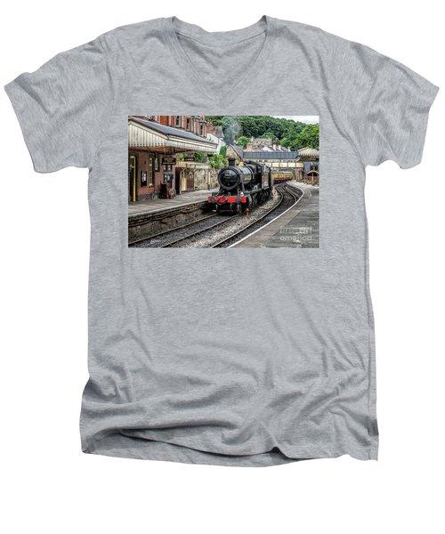 Steam Train Men's V-Neck T-Shirt