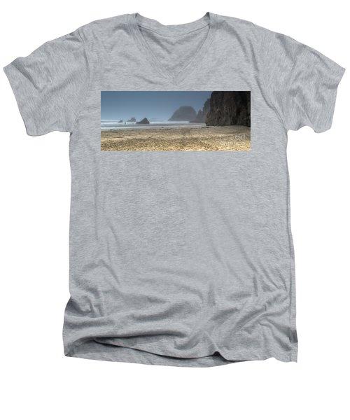 10 Mile Beach Men's V-Neck T-Shirt