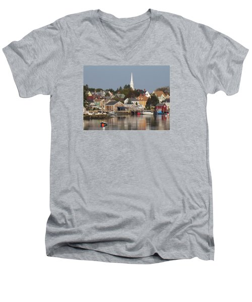 New Castle Harbor Nh Men's V-Neck T-Shirt