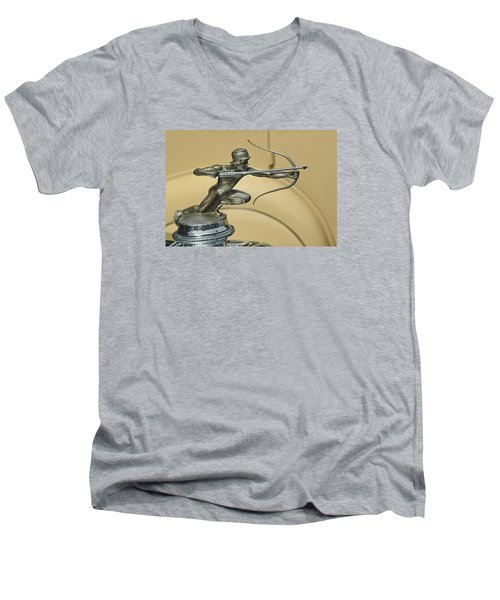 1928 Pierce Arrow Helmeted Archer Hood Ornament Men's V-Neck T-Shirt