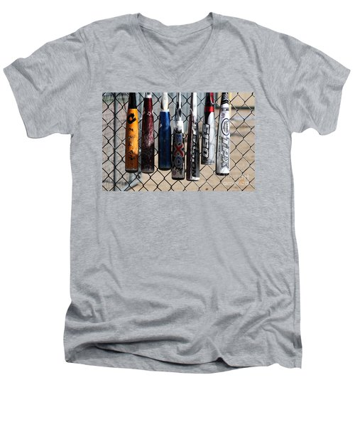 Bats Men's V-Neck T-Shirt