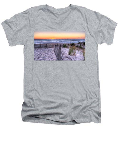 Dewey Beach Sunrise Men's V-Neck T-Shirt