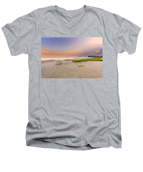 Hilton Head Island Men's V-Neck T-Shirt