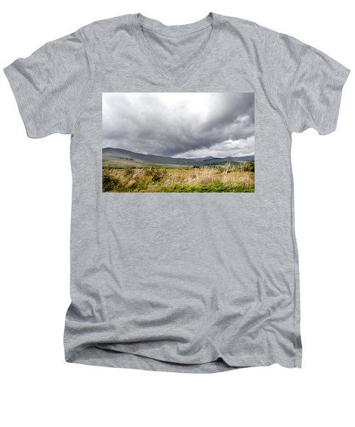 Killarney National Park Men's V-Neck T-Shirt
