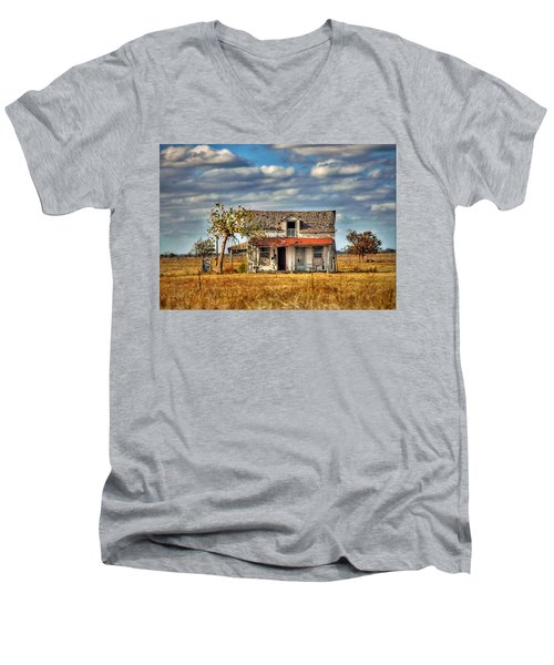 Men's V-Neck T-Shirt featuring the photograph Old Home by Savannah Gibbs