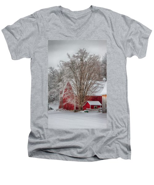 Red Vermont Barn Men's V-Neck T-Shirt