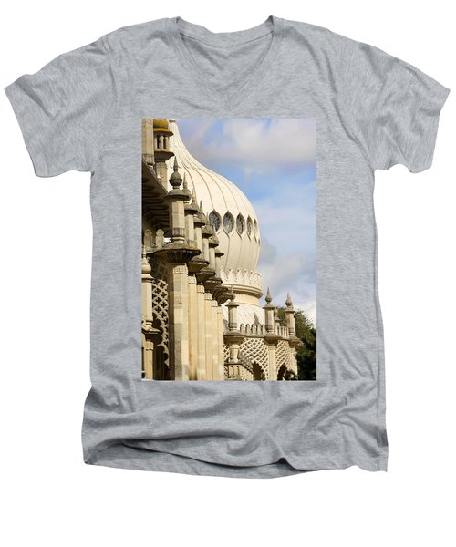 Royal Pavilion Brighton Men's V-Neck T-Shirt