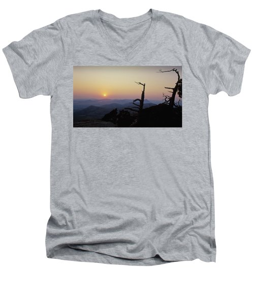 Sunset From Mt Scott Men's V-Neck T-Shirt