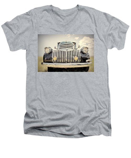 1947 Suburban Men's V-Neck T-Shirt