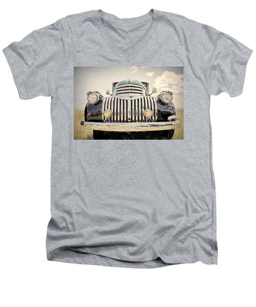 1947 Suburban Men's V-Neck T-Shirt