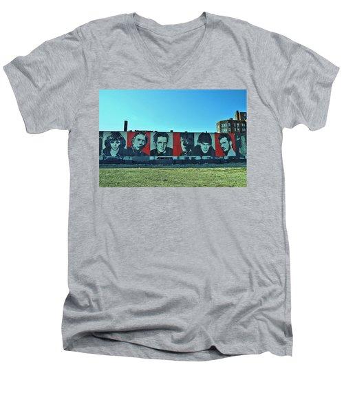Mount Rush Core 2 Men's V-Neck T-Shirt