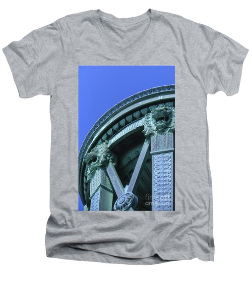 35x11 Perrys Victory Memorial Photo Men's V-Neck T-Shirt