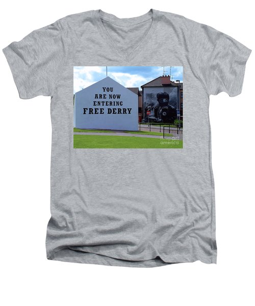 Free Derry Corner 3 Men's V-Neck T-Shirt