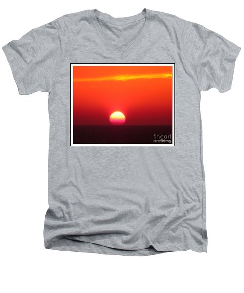 Men's V-Neck T-Shirt featuring the photograph A Cooling Dive by Mariarosa Rockefeller