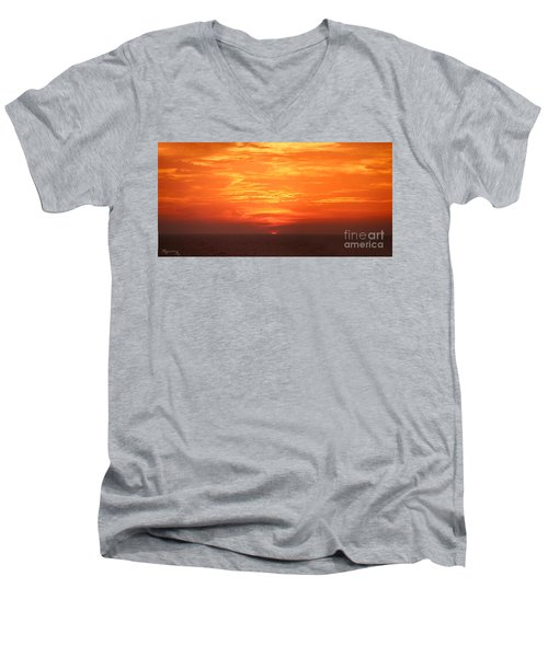 Men's V-Neck T-Shirt featuring the photograph A Final Splash Of Color by Mariarosa Rockefeller
