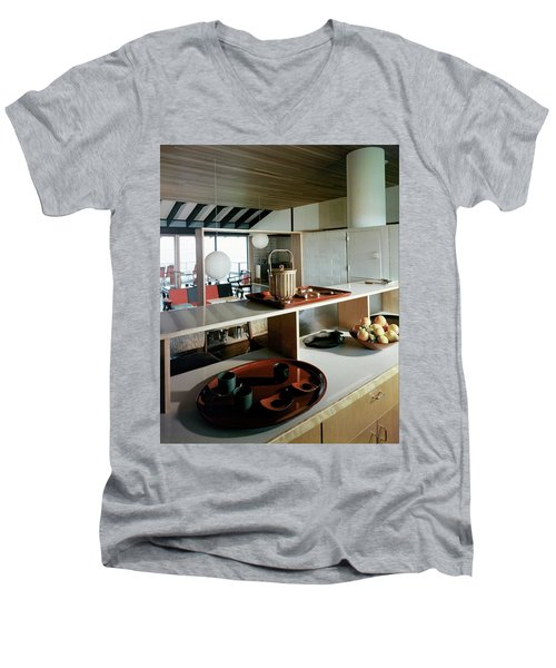 A House At Quantuck Bay Men's V-Neck T-Shirt