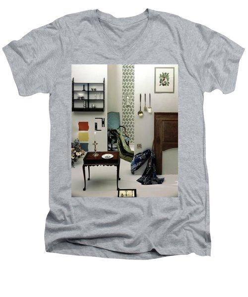 A Living Room Designed By Raleigh Tavern Men's V-Neck T-Shirt