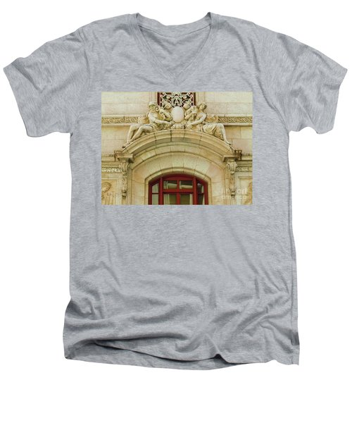 Men's V-Neck T-Shirt featuring the photograph Adolphus Hotel - Dallas #4 by Robert ONeil