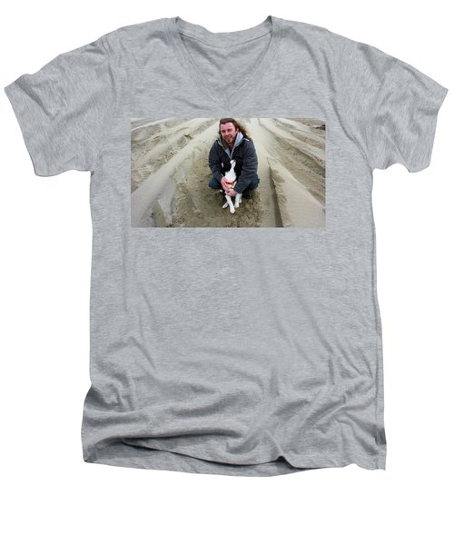 Men's V-Neck T-Shirt featuring the photograph Adoring Look by Susan Garren