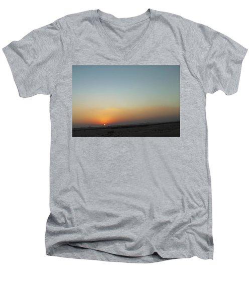 Al Ain Desert 2 Men's V-Neck T-Shirt