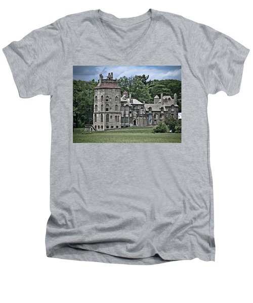 Amazing Fonthill Castle Men's V-Neck T-Shirt