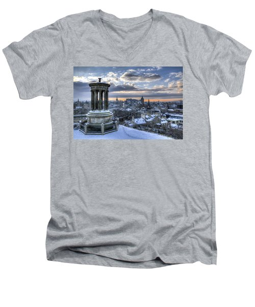 An Edinburgh Winter Men's V-Neck T-Shirt