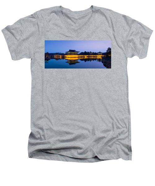 Anapji Pond At Dusk Men's V-Neck T-Shirt