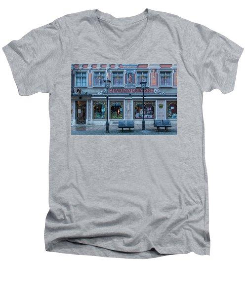 Apotheke Men's V-Neck T-Shirt