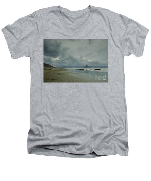 Approaching Storm - Morro Rock Men's V-Neck T-Shirt