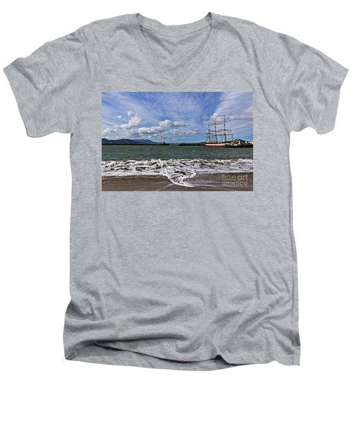 Aquatic Park Men's V-Neck T-Shirt