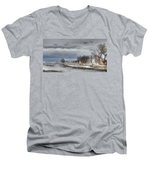 Men's V-Neck T-Shirt featuring the photograph Ardmore Prairie by Bill Gabbert