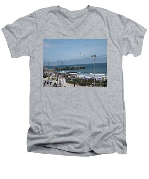 Atlantic City 2009 Men's V-Neck T-Shirt
