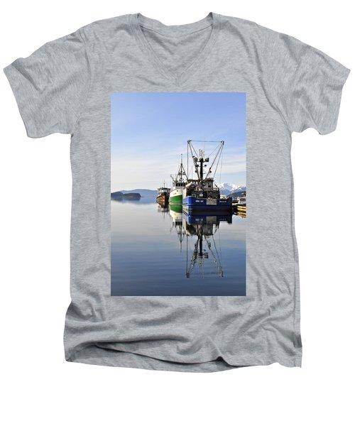 Auke Bay Reflection Men's V-Neck T-Shirt