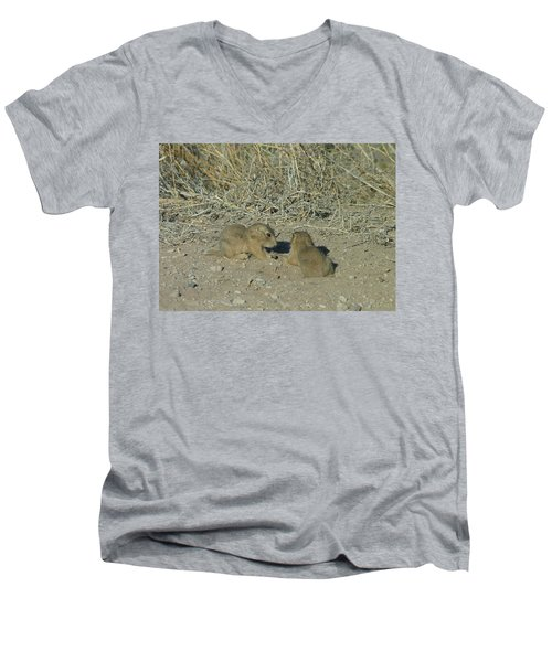 Baby Prairie Dog Men's V-Neck T-Shirt