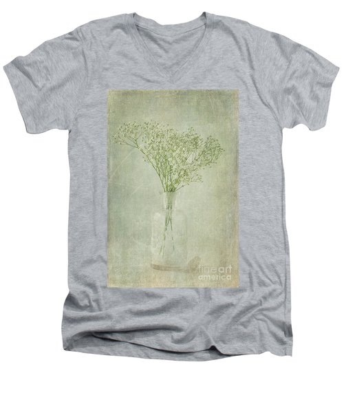 Baby's Breath Men's V-Neck T-Shirt