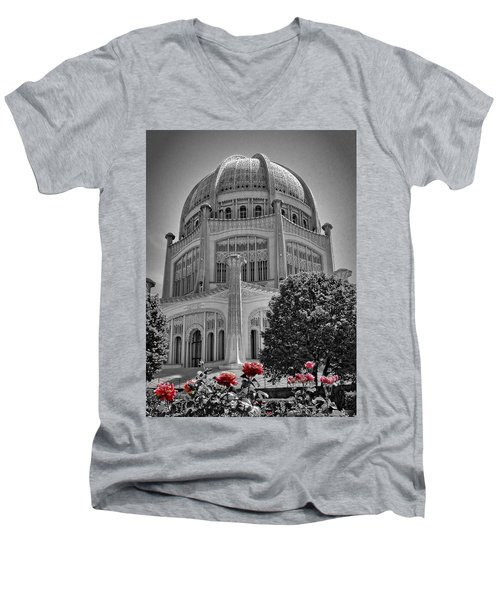 Bahai Temple Wilmette In Black And White Men's V-Neck T-Shirt