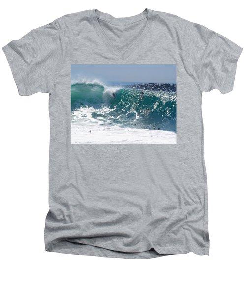 Banzai Men's V-Neck T-Shirt