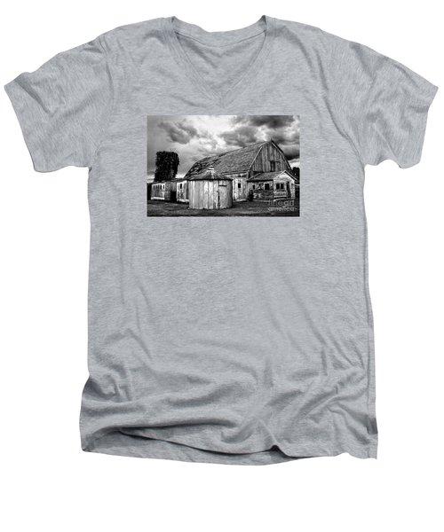 Barn 66 Men's V-Neck T-Shirt