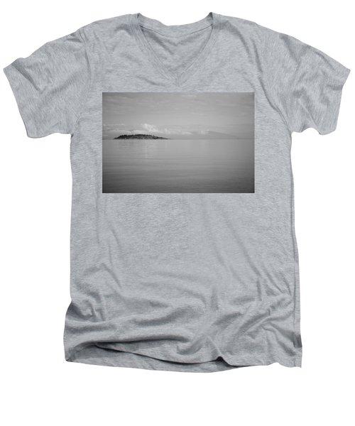 Be Still My Ocean  Men's V-Neck T-Shirt