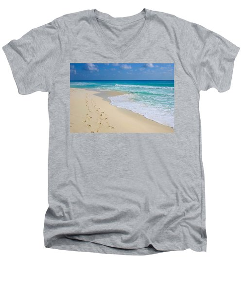 Beach Footprints Men's V-Neck T-Shirt
