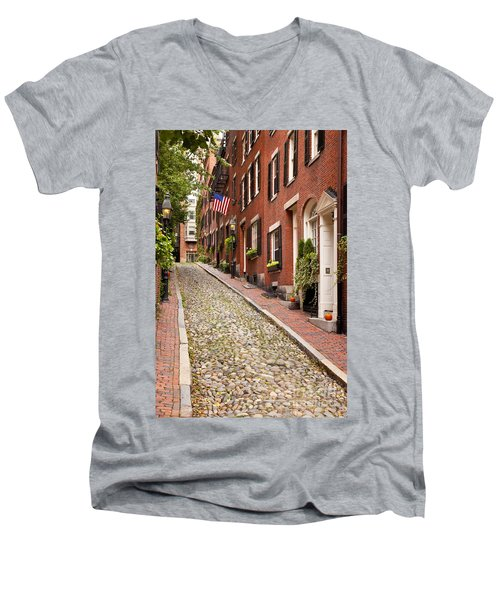 Beacon Hill Men's V-Neck T-Shirt