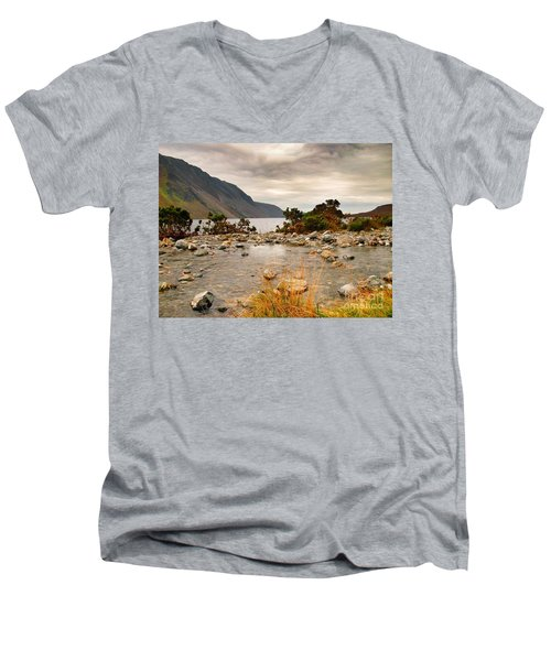 Beautiful Wastwater Men's V-Neck T-Shirt