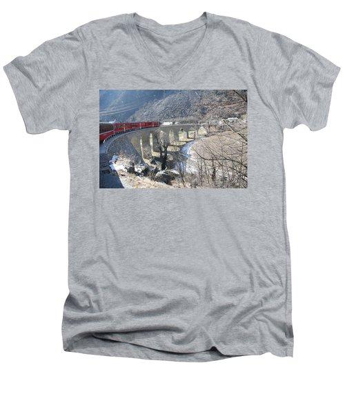 Bernina Express In Winter Men's V-Neck T-Shirt