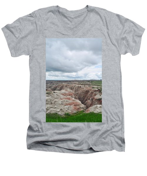Big Badlands Overlook Men's V-Neck T-Shirt