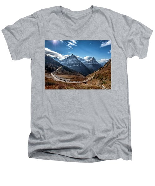 Men's V-Neck T-Shirt featuring the photograph Big Bend by Aaron Aldrich