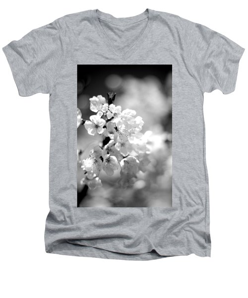 Black And White Blossoms Men's V-Neck T-Shirt