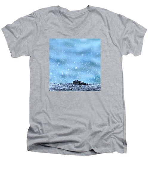 Black Crab In The Blue Ocean Spray Men's V-Neck T-Shirt